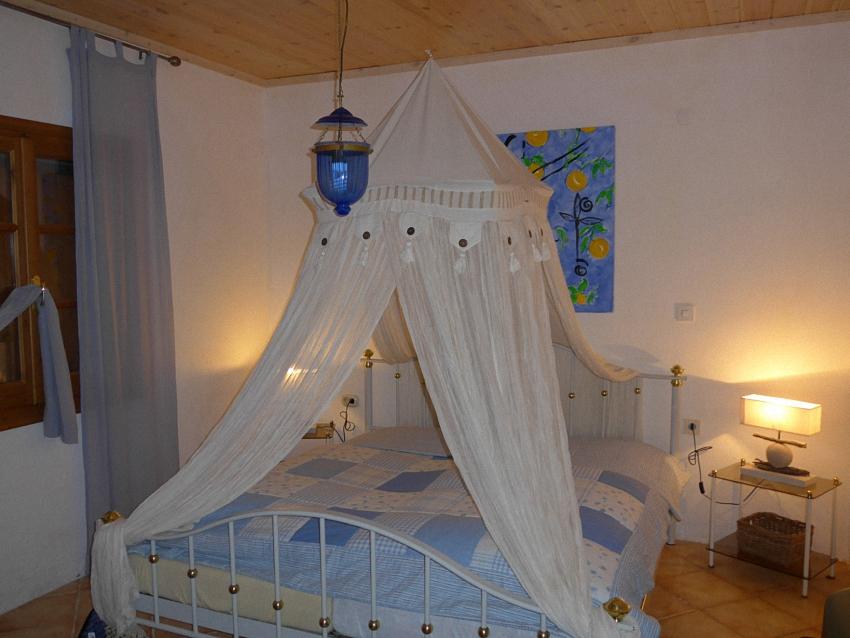 Schlafzimmer31